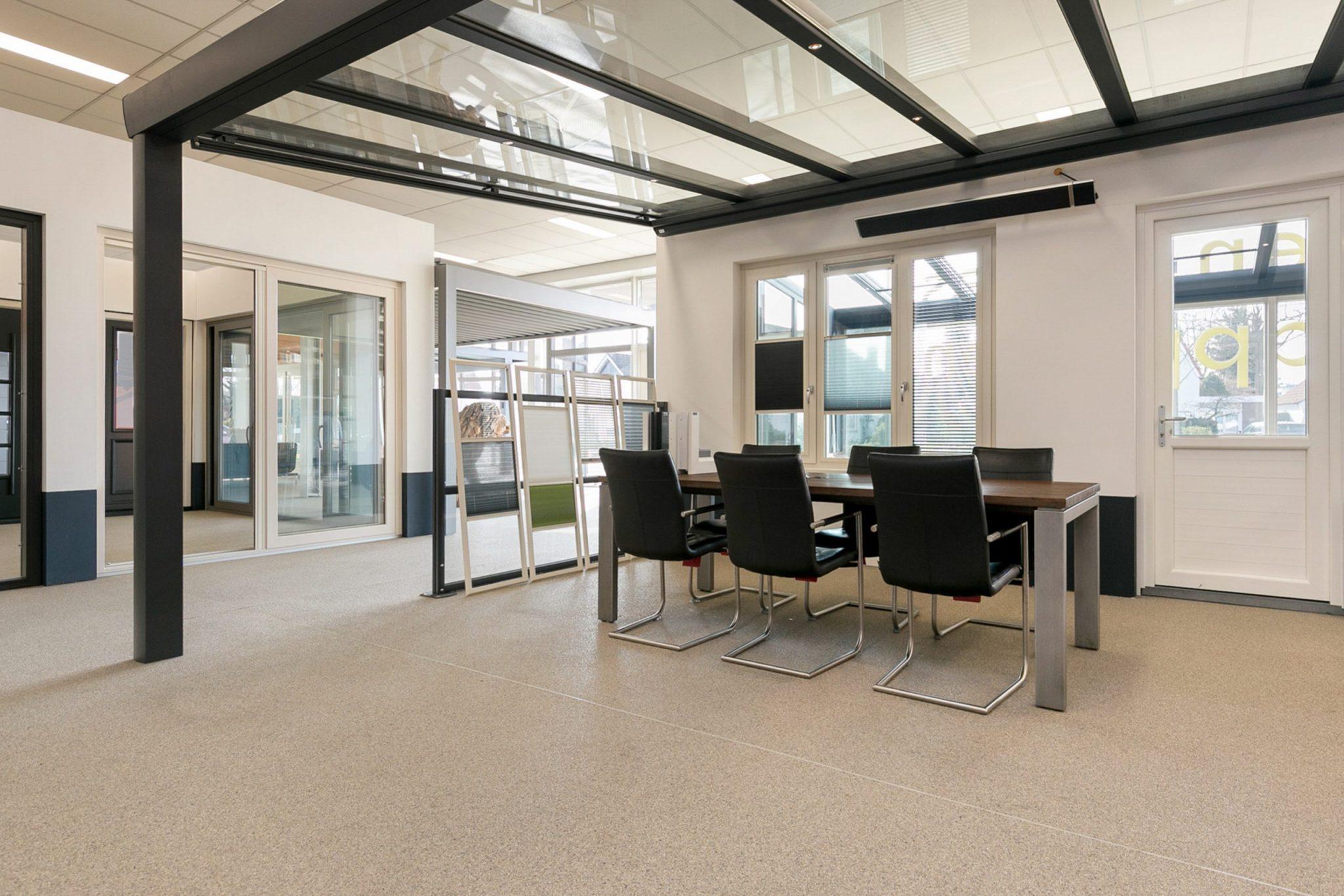 Showroom terrasoverkapping en kozijnen - Brinkhoff